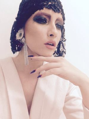 "VIDEO Iulia Albu le-a facut praf pe Diana Munteanu si Antonia: ""Arata ca o nasa de la tara""! Iubita lui Velea a luat trofeul BAU!"