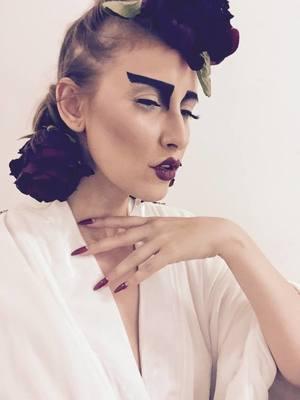 VIDEO EXCLUSIV | Iulia Albu - WOW sau BAU-BAU: Cum iti alegi corect costumul de Halloween!