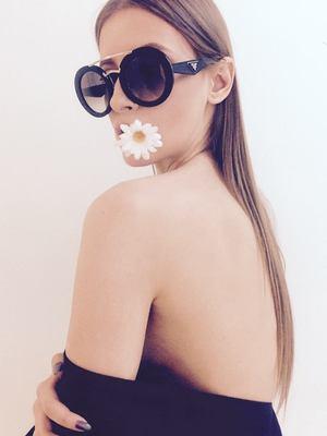 VIDEO EXCLUSIV | Iulia Albu - WOW sau BAU-BAU: Cum sa porti rucsacul
