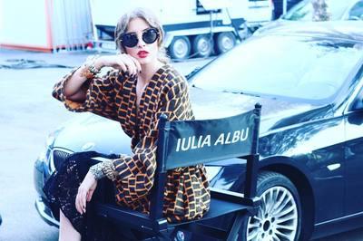 VIDEO EXCLUSIV | Iulia Albu - WOW sau BAU-BAU: Cum sa te asortezi in cuplu!
