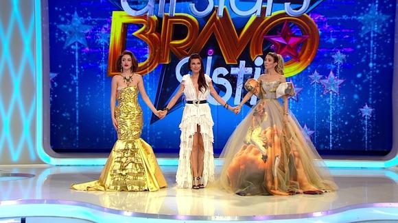 """EA este castigatoarea marelui premiu de 100.000 de lei si a titlului de """"Cea mai stilata femeie din Romania""""!"""