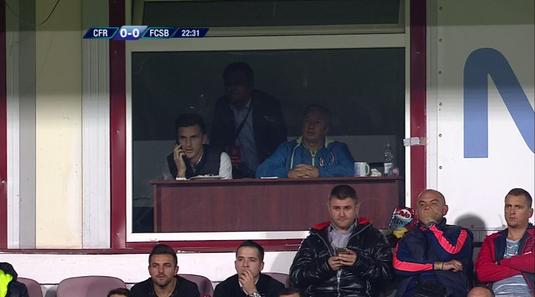VIDEO | Dezvăluiri despre cum a trăit Petrescu meciul cu FCSB din tribună. Ce fază l-a enervat