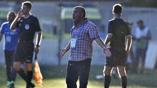 """Marin Barbu, supărat pe jucători: """"E de plâns! Degeaba alergi dacă nu dai gol"""""""
