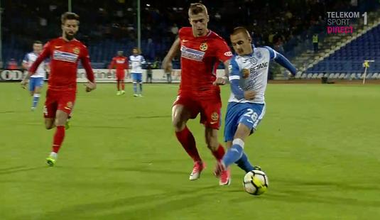 VIDEO | Oltenii au cerut penalty la un fault asupra lui Mitriţă! Kovacs n-a fost impresionat!