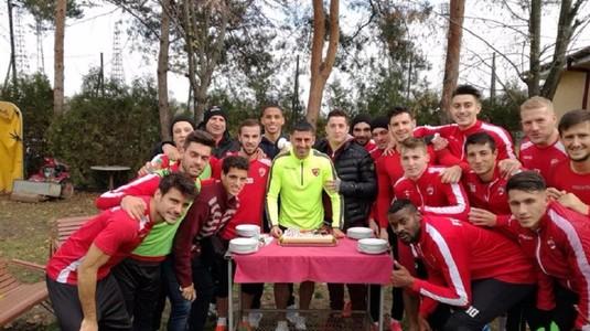 Dănciulescu şi-a petrecut ziua de naştere alături de colegii de la Dinamo. Ce cadou aşteaptă de la jucătorii dinamovişti