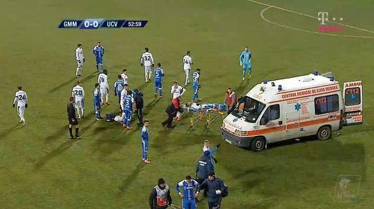 VIDEO   Mediaş-Craiova. Doi jucători s-au dat cap în cap şi au fost duşi la spital! Ultimele detalii despre starea lor!