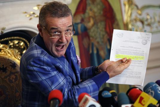 FCSB a făcut o ofertă de 700.000 de euro pentru un jucător important. Răspunsul pe care l-a primit
