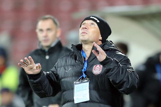 """Petrescu are emoţii pe final de an: """"Deplasarea de la Craiova este cea mai grea din acest campionat!"""""""
