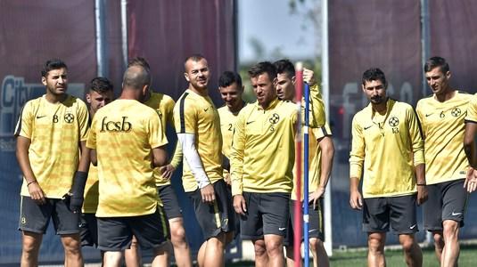 """Un nou scandal la FCSB! Dică l-a dat afară din antrenament pe Budescu! Fotbalistul l-a ameninţat: """"Mă duc la Gigi"""""""