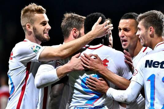 FCSB începe transferurile I Ei sunt cei 5 jucători pe care vicecampioana vrea să-i convingă să vină să semneze!