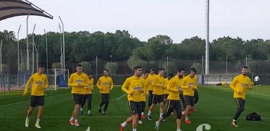"""VIDEO   Primul antrenament al FCSB din 2018. """"Avem cele mai bune condiţii de pregătire pe care le-a avut vreodată un club din România"""""""