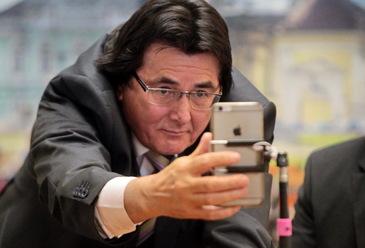 FOTO | Cum s-a putut fotografia primarul Timişoarei