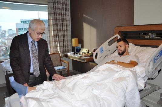 FOTO | Alexandru Tudorie a fost operat cu succes! Primele declaraţii ale fotbalistului şi când revine pe teren