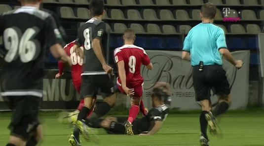 VIDEO   Nikolic, intrări criminale în meciul cu Astra! A scăpat fără roşu, după un cot în figură şi un picior în cap