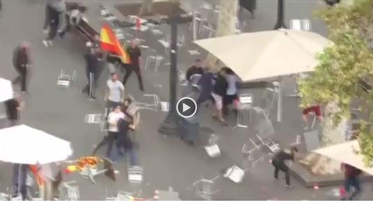 Atenţie, imagini dure! Haosul continuă în Catalonia. Lupte de stradă între ultraşi VIDEO