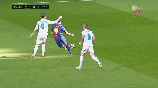 """VIDEO   Duelul durilor. """"Bad Boy"""" Ramos a lovit din nou. L-a făcut KO pe Luis Suarez cu un gest golănesc"""