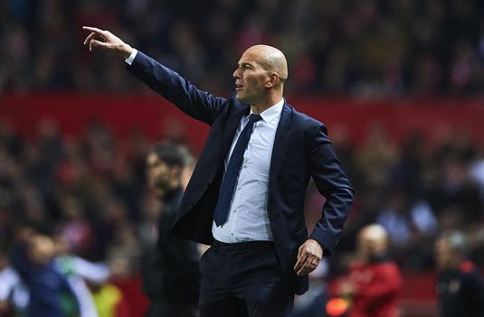 """Zidane nu s-a putut abţine şi le-a răspuns contestatarilor: """"M-am săturat!"""""""