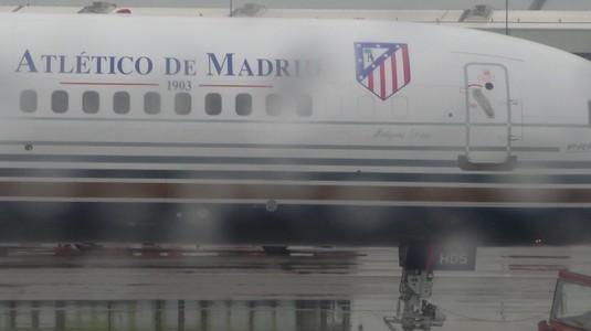 Probleme mari pentru Atletico Madrid înaintea meciului cu Eibar. Ce au păţit în aeroport jucătorii lui Simeone