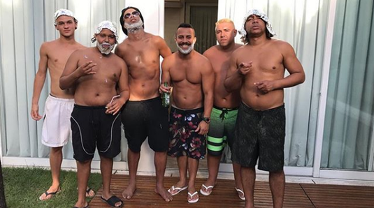 FOTO. Schimbare radicală de look pentru Ronaldinho. Cum a fost surprins recent brazilianul
