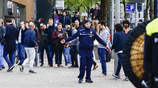 Veste proastă pentru fanii lui Feyenoord! Ar putea rata meciul cu Napoli!