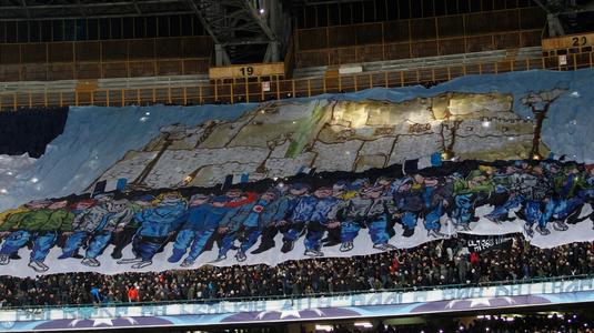 FOTO | Se anunţă o atmosfera fabuloasă pe San Paolo! Suporterii lui Napoli au venit la stadion cu trei ore înainte de meciul cu City