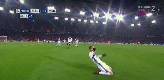 VIDEO   Cel mai uşor gol marcat în Liga Campionilor. Jucătorul n-ar fi ratat nici dacă era legat la ochi :)