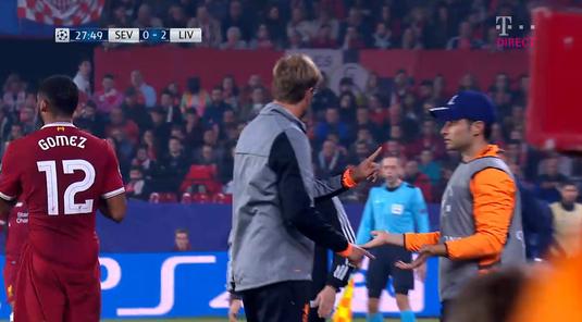 VIDEO   Jurgen Klopp şi-a pierdut cumpătul la Sevilla. Cum bruschează un copil de mingi