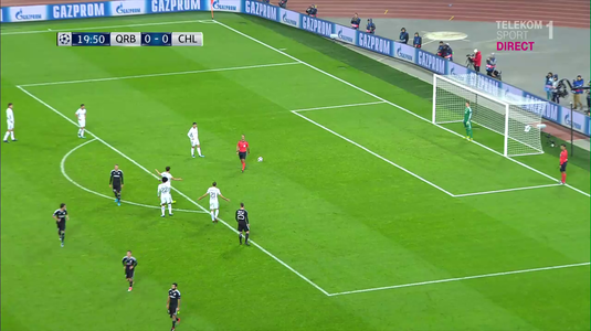 VIDEO EXCLUSIV   Momente incredibile în Liga Campionilor! Antrenorul lui Qarabag l-a copiat pe Şumudică! A scos echipa din teren, după un penalty controversat