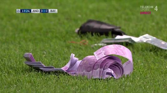 """VIDEO   Liga Campionilor chiar e """"masa bogaţilor"""". Imagini fabuloase la Anderlecht-Bayern! Cu ce au aruncat nemţii pe teren"""