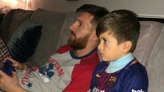 Trădarea lui Messi la FIFA 18! FOTO | Ce echipă a ales starul Barcelonei într-un meci cu fiul său