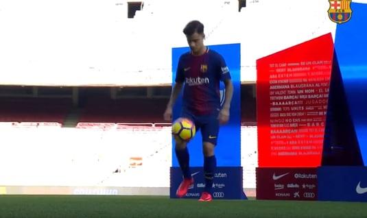 Nu s-a încurcat ca Dembele. VIDEO | Coutinho, prezentat oficial pe Camp Nou. Cum s-a descurcat cu mingea :)