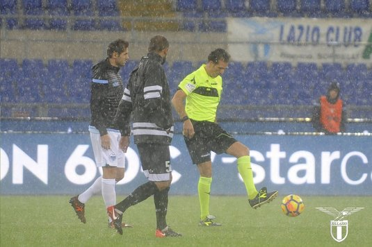 VIDEO | Ştefan Radu, martor la o ploaie ca-n filme la Roma! Startul meciului Lazio - Udinese a fost amânat!