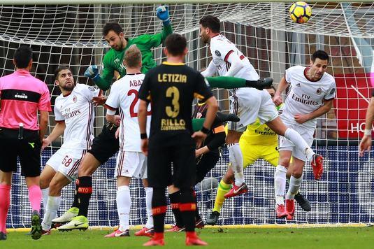 """Portarul care a intrat in istoria lui Benevento a povestit golul nebun cu Milan: """"Am închis ochii şi m-am aruncat"""""""