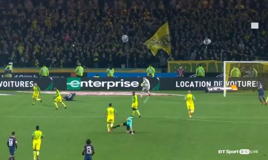 UPDATE | Ce decizie au luat oficialii fotbalului francez după ce arbitrul partidei Nantes - PSG a lovit intenţionat cu piciorul un jucător