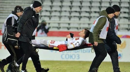 VIDEO | Bourceanu a fost operat după ce a suferit o fractură de tibie. Cât timp va lipsi mijlocaşul lui Arsenal Tula!