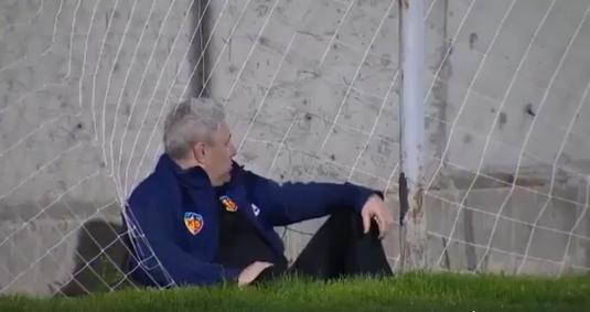 """VIDEO   Cum s-au amuzat jucătorii de la Kayseri pe seama lui Şumudică: """"Să rezişti două zile pe cal şi să cazi pe urmă în halul ăsta"""""""