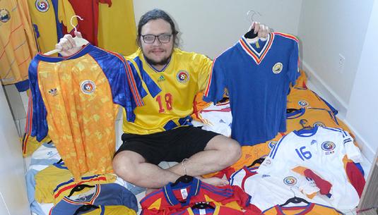 FOTO | Un brazilian este înnebunit după tricourile naţionalei noastre. Cum a ajuns la această pasiune