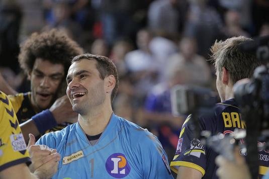 Portarul Slavisa Djukanovic, component al naţionalei Serbiei la europenele din 2014 şi 2016 a suferit un infract pe teren!