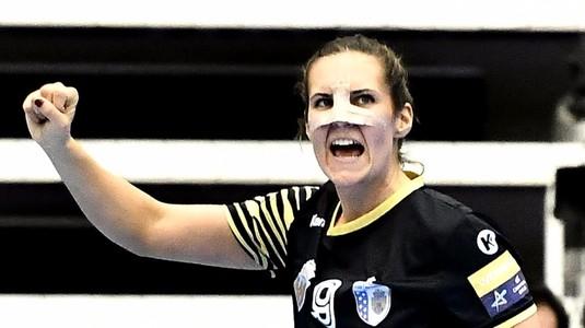 Zorro de Bucureşti I Sabina Jacobsen a jucat pentru CSM Bucureşti cu fisură nazală!