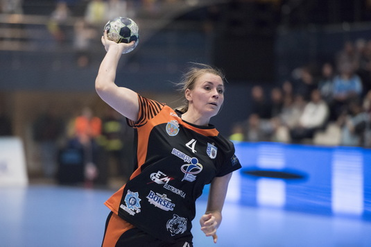 Pleacă Isabelle Gullden de la CSM Bucureşti? Handbalista suedeză a primit o ofertă financiară concretă de la vicecampioana Franţei