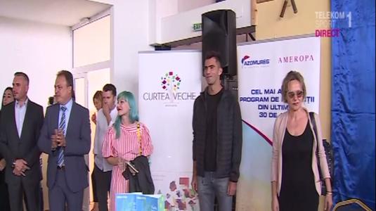 VIDEO   Horia Tecău, acte de caritate la o şcoală din  judeţul Călăraşi