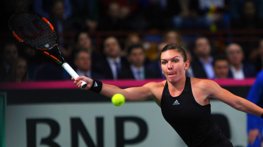 Clasamanetul inedit în care Simona Halep conduce detaşat şi le-a luat faţa lui Wozniacki şi Svitolina