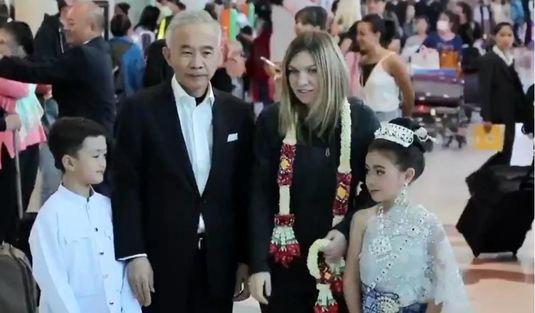 Simona Halep a ajuns în Thailanda. Cum au surprins-o organizatorii turneului pe aeroport!