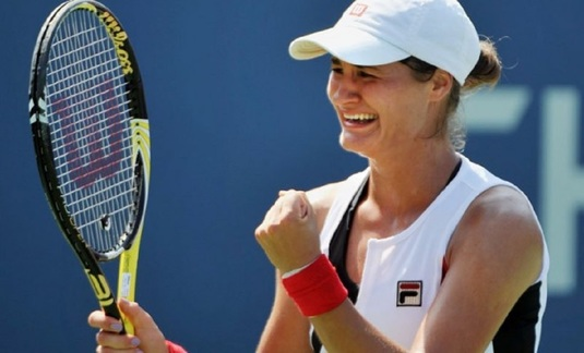 Monica Niculescu, în turul al doilea, Ana Bogdan, eliminată, în calificările turneului de la Hobart