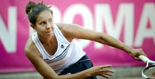 Mihaela Buzărnescu a învins-o pe Alize Cornet şi s-a calificat în turul doi la Hobart