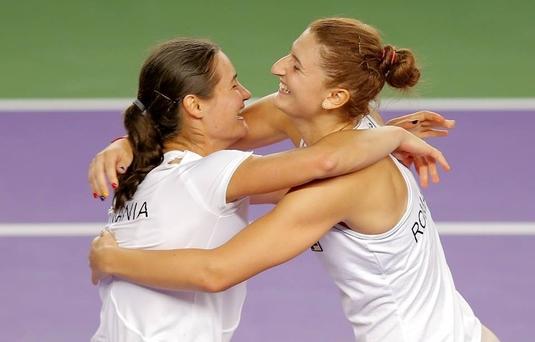 Monica Niculescu şi Irina Begu s-au calificat în turul doi în proba de dublu de la Australian Open
