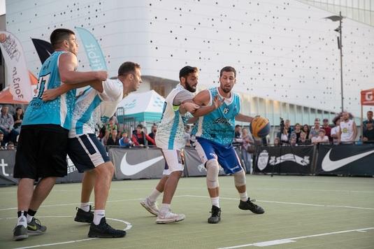 GALERIE FOTO Agro Squad a cucerit Bănia! Craiova Streetball a pus capăt sezonului de baschet 3x3