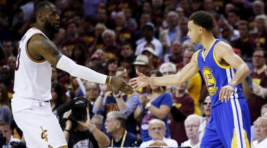 VIDEO | Cinci meciuri de cinci stele în NBA