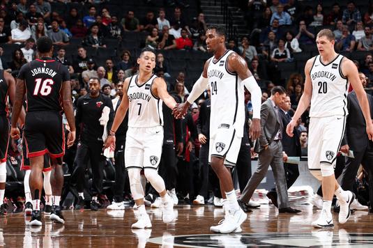 VIDEO | Zece meciuri de nota 11 în NBA