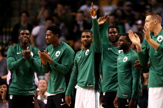 VIDEO | Cinci meciuri de nota zece în NBA. O echipă se distanţează de pluton